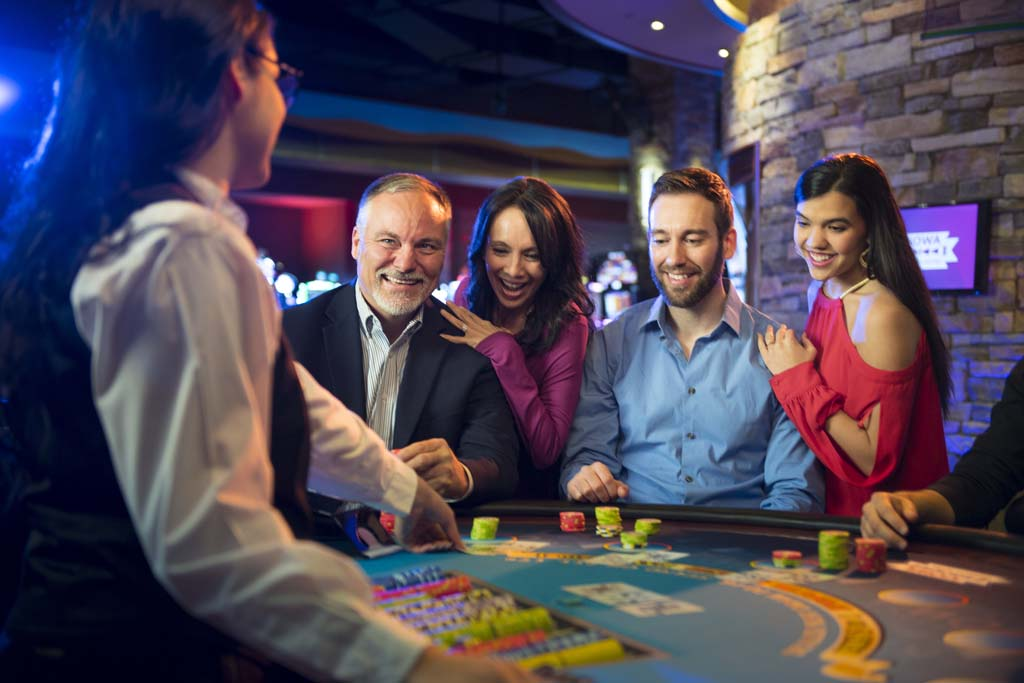 How to Get a Job As a Casino Card Dealer Overview