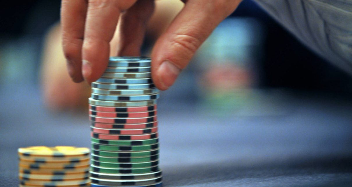 How To Check Out Challenger Hands In Online Casino